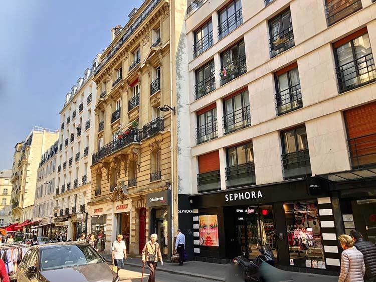 Rue des Etats-Unis à Cannes, où F&A gère l'agence Vaneau pour le fonds High Street Retail