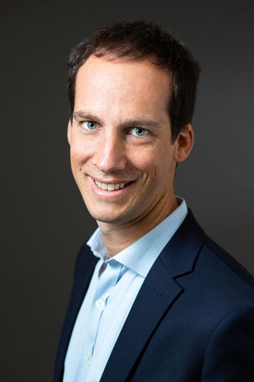 Biographie professionnelle de Maxime Forgeot, ancien ESSEC, Unibail-Rodamco-Westfield et Schroeders