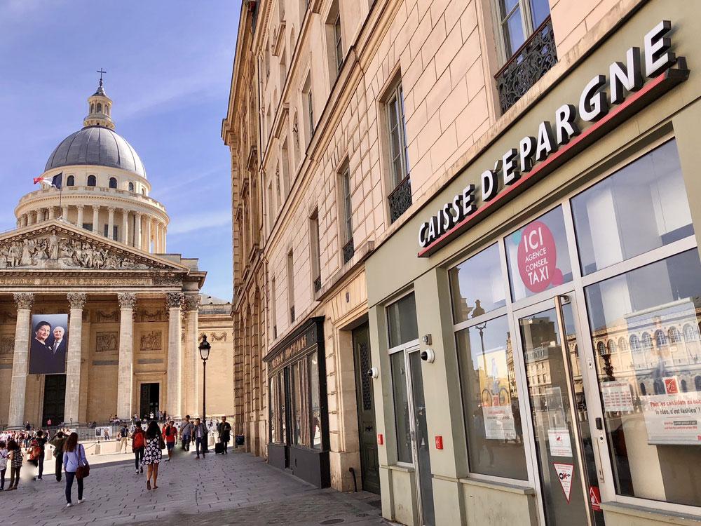 Rue Soufflot proche du Panthéon à Paris 5e, où F&A Asset Management gère la banque Caisse d'Epargne