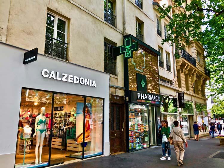 Avenue des Ternes à Paris 17e, où F&A gère la boutique Calzedonia pour le fonds High Street Retail
